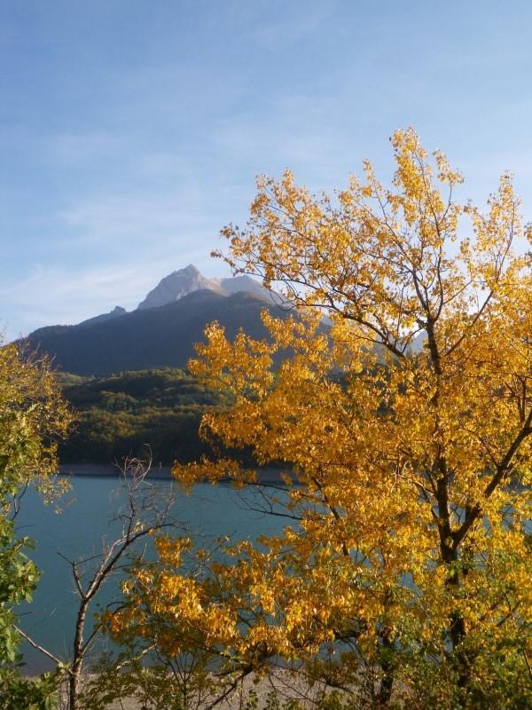 lac du sautet automne